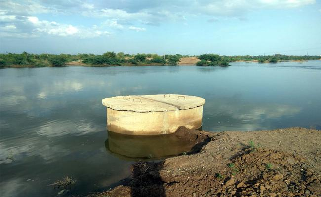 nagarjuna Sagar Water Flowing In Gundlakamma River Prakasam - Sakshi