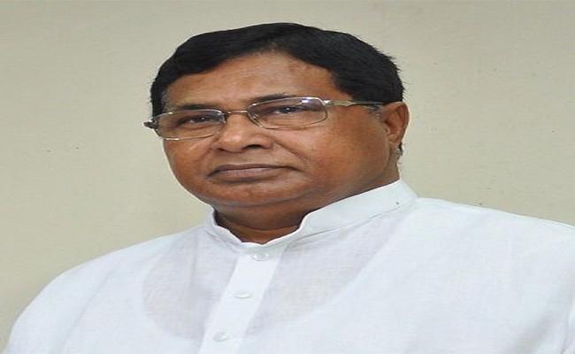 Telangana Elections Nalgonda Politics - Sakshi