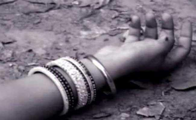 Married Woman Died In Suspicious Circumstances In West Godavari - Sakshi