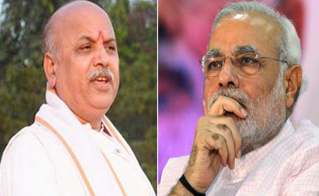 Praveen Togadia Controversial Comments On PM Modi - Sakshi