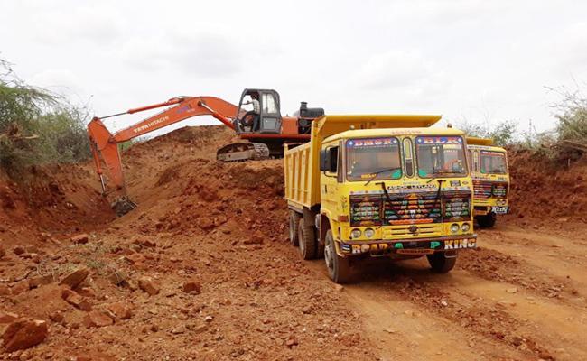 Sand mafia In Kurnool - Sakshi