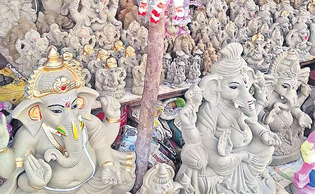 PCB Distribute Clay Ganesh Statues In Hyderabad - Sakshi