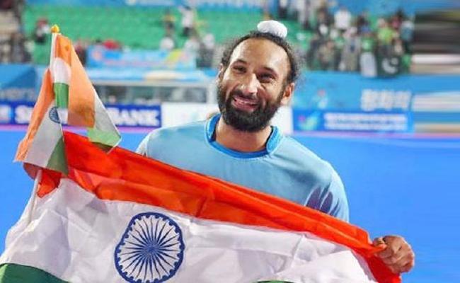 Indian Hockey Player Captain Sardar Singh Announces Retirement - Sakshi