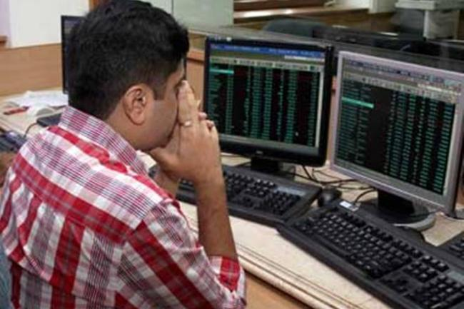 Investors lose over Rs 4 lakh crore in 2 days - Sakshi