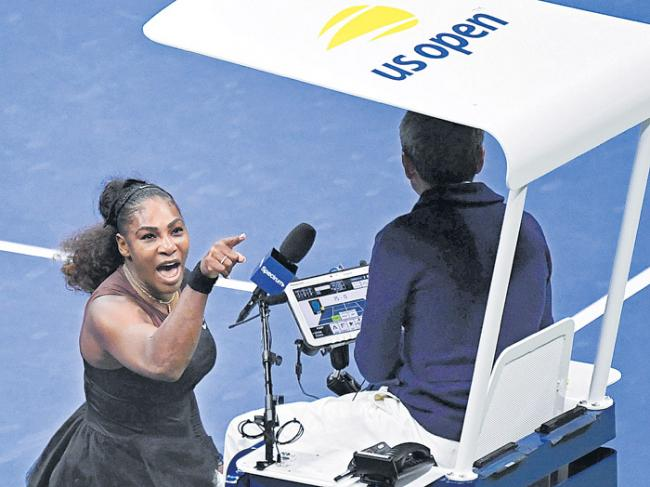 Umpire in Serena Williams U.S. Open final got it all wrong - Sakshi