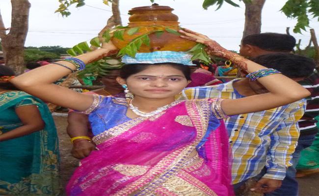 Khammam Women Died In Assam - Sakshi