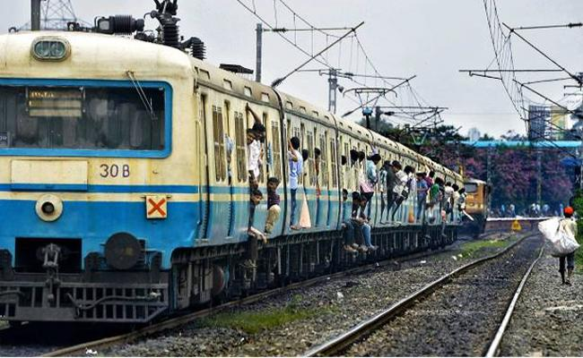 MMTS Trains Canceled Some Areas in Hyderabad - Sakshi