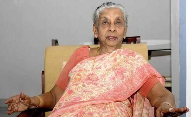 India first woman IAS Anna Rajam Malhotra dead - Sakshi