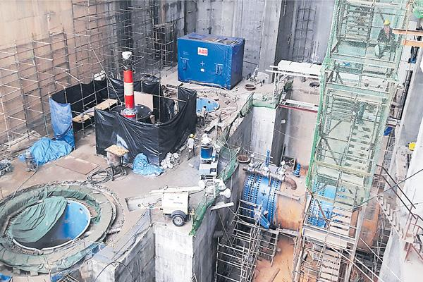 Kalesvaram Lift Irrigation starts before dasara - Sakshi