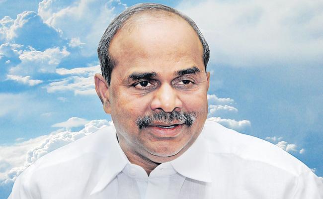 special story on YS Rajasekhara Reddy Vardhanthi  - Sakshi