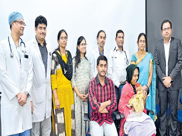 Surgery to the fetus baby heart - Sakshi