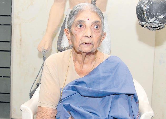 Revolutionary Communist leader Kondapalli Koteswaramma pass away - Sakshi