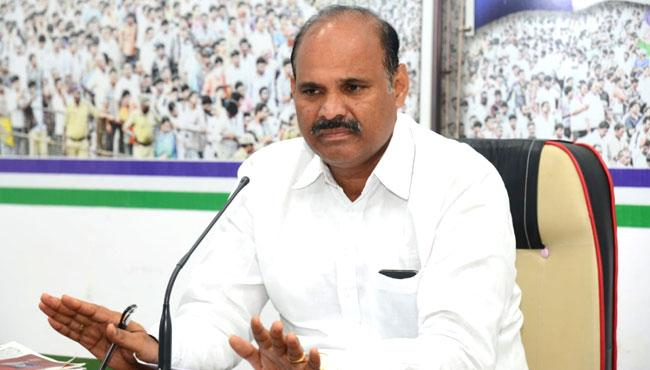 Parthasarathy Slams TDP Government Over Agrigold Issue - Sakshi