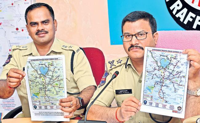 Traffic Restrictions In Hyderabad For Ganesh Nimajjanam - Sakshi