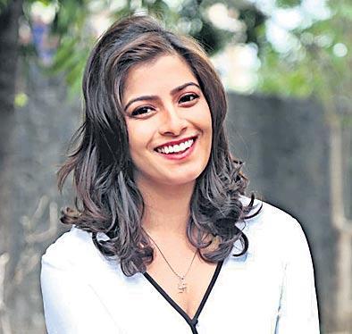 Nithya Menen to play J Jayalalitha in a biopic titled The Iron Lady - Sakshi