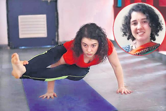 Brazil girl doing indian yoga - Sakshi
