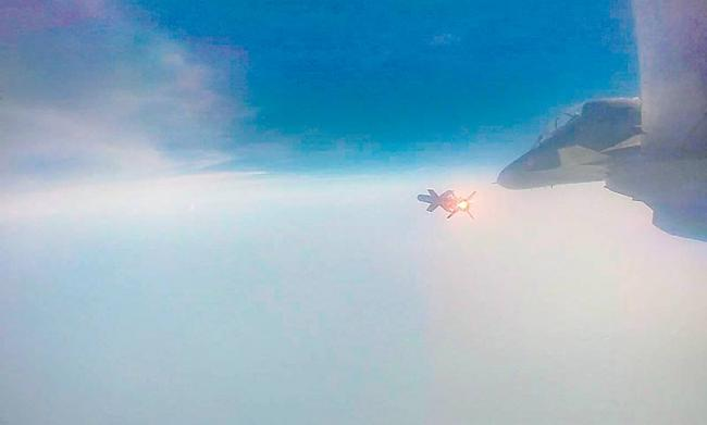 IAF successfully test-fires air-to-air Astra missile - Sakshi