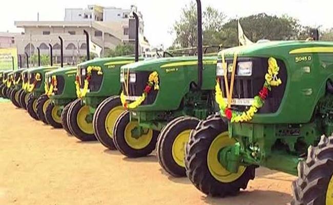 Tractors Distribution Scheme Nellore - Sakshi
