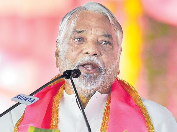 Keshava Rao comments in pragathi nivedhana sabha - Sakshi