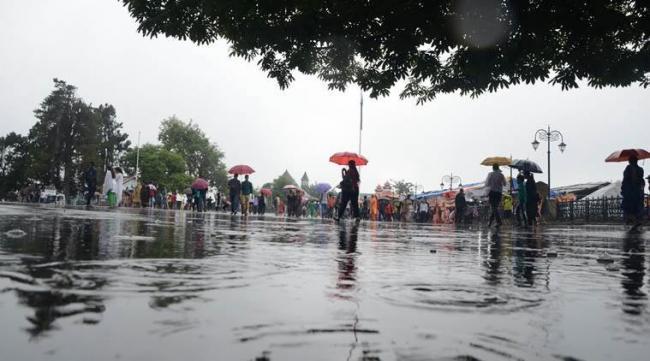 95% of monsoon rain falls in only a few days, show IMD data - Sakshi