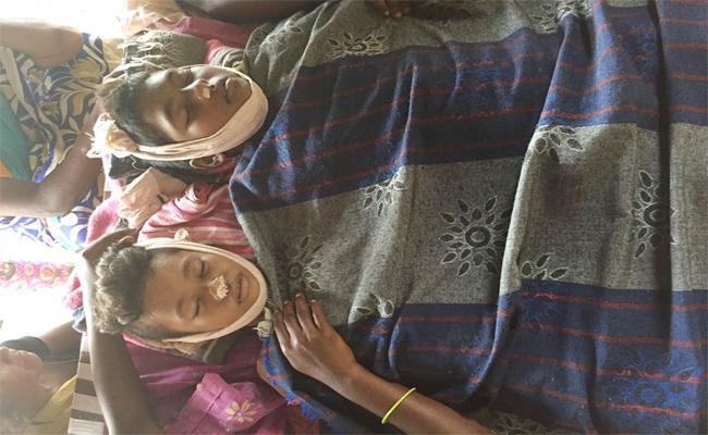 Two Students Died In Godavari Canal East Godavari - Sakshi
