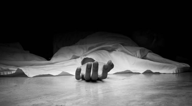 Indian man's body repatriated four months after his death in UAE - Sakshi
