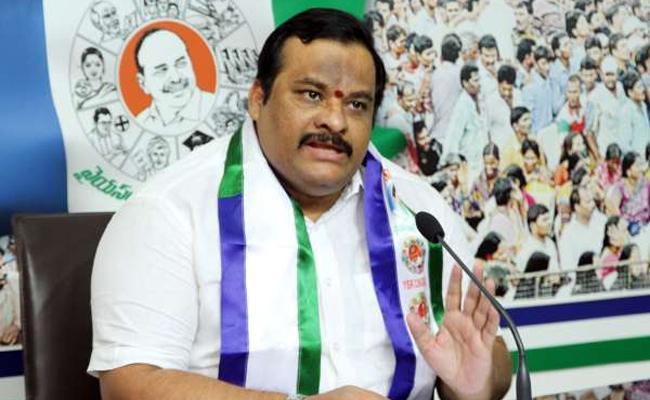 Gattu Srikanth Reddy Demands For Implement Promises - Sakshi