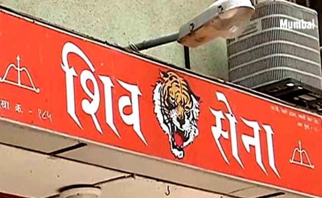 Shiv Sena Targeted The Maharashtra Police For The Arrest Of Five Urban Naxals - Sakshi