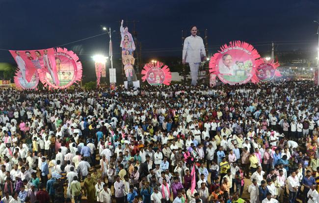 Dharmapuri aravind satires on TRS Pragathi nivedana sabha - Sakshi