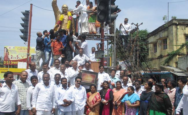 YSR Death Anniversary In Srikakulam - Sakshi