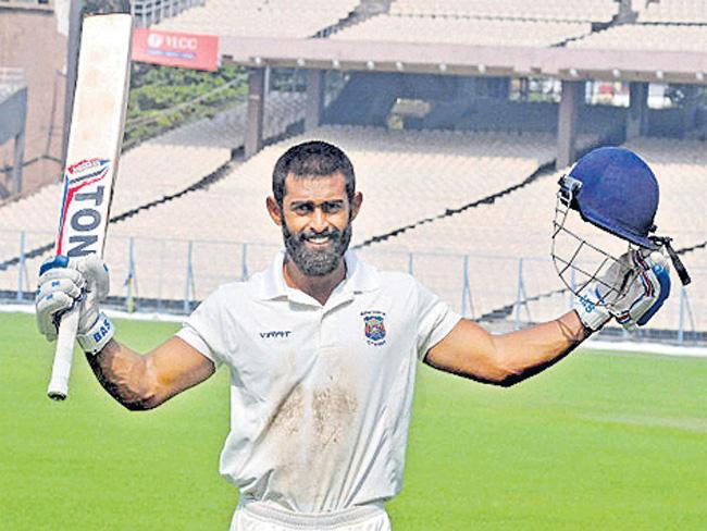 Mayank Agarwal, Ankit Bawne power Board President match - Sakshi