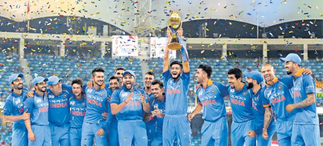 Indian team has not clear on the middle-order - Sakshi