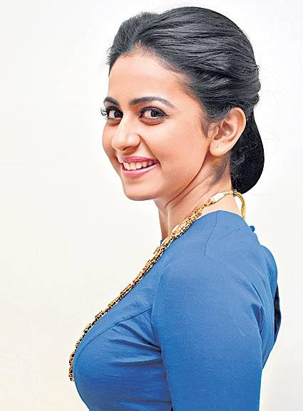 dev movie shooting shifted to pune - Sakshi