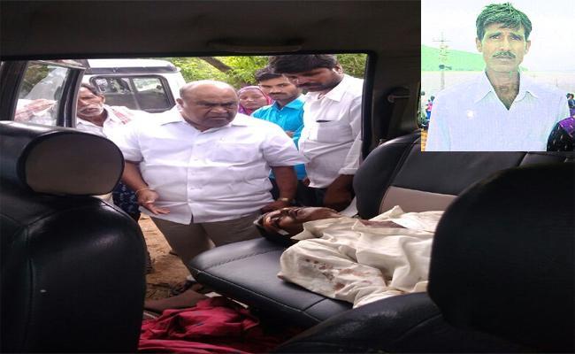Pragathi Nivedana Sabha Road Accident In Mahabubnagar - Sakshi