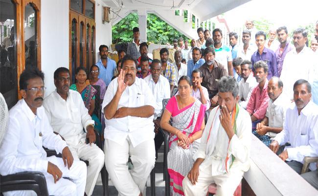 Group Politics In TRS In Khammam - Sakshi