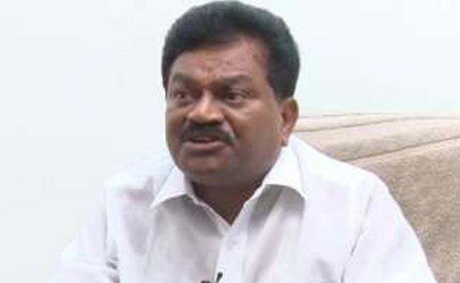 YSRCP leader Janga Krishnamurthy Fires on Chandrababunaidu - Sakshi