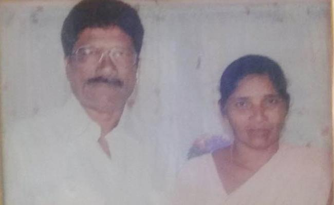Husband Killed Wifwe For Assets In East Godavari - Sakshi