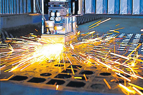 Manufacturing growth slowed in the month of August - Sakshi