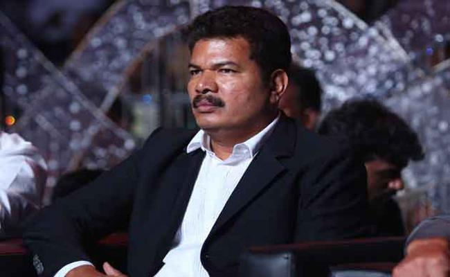 Madras High Court Shock To Director Shankar - Sakshi