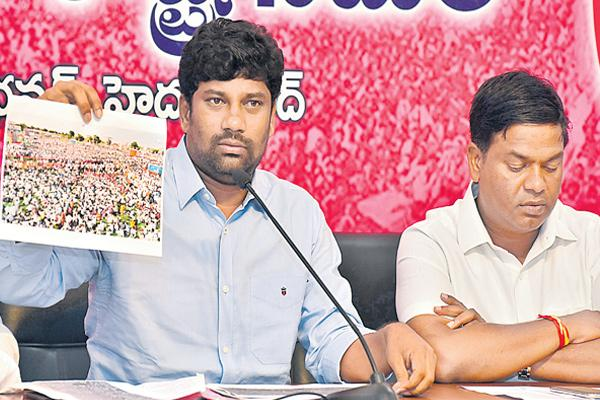 Balka suman and jeevan reddy commented over congress - Sakshi
