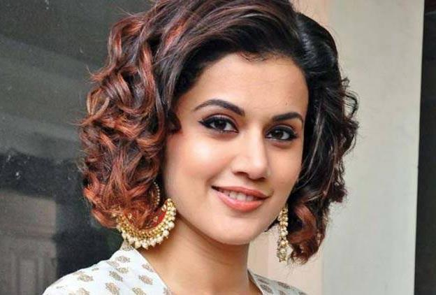 Taapsee Pannu saying it with blueberries and memories - Sakshi