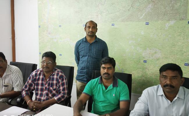 Wife Killed husband In East Godavari - Sakshi