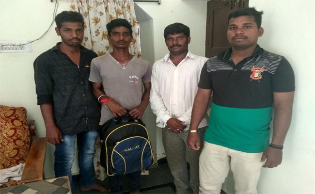 Fake Jobs Unemployed Youth Odisha - Sakshi