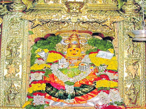 Vijayawada Durga Devi in Two looks at a same day - Sakshi
