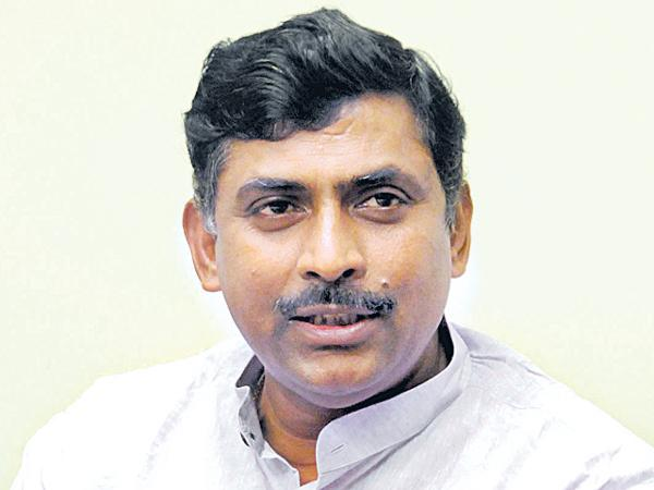Muralidhar Rao comments on TRS Party - Sakshi