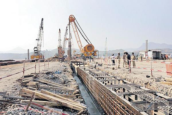 Central Govt Focus on Polavaram - Sakshi
