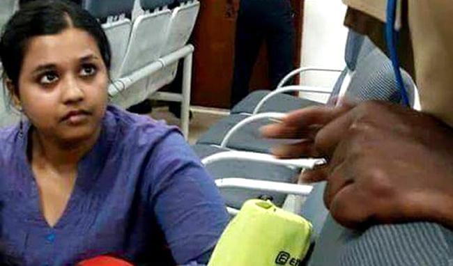 Arresting student is for slogans against modi Illegal - Sakshi