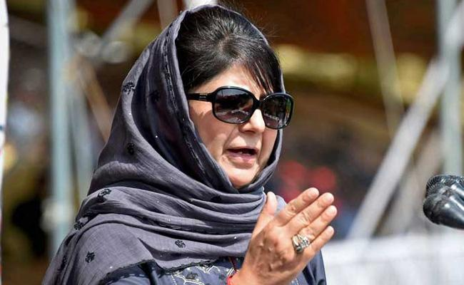 Mehbooba Mufti Demands For Talks Between Pakistan And India - Sakshi
