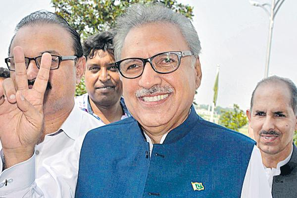 Imran Khan's Close Ally Arif Alvi Elected New Pakistan President - Sakshi