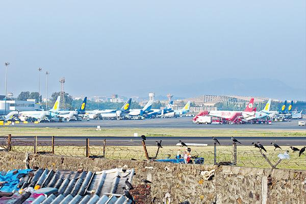 It's Hard for Airlines to Make Money in India, IATA Says - Sakshi